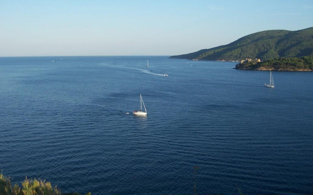 Einfahrt Porto Azzurro