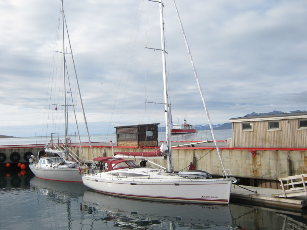 Hafen Ny Alesund